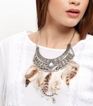 Black Feather Stone Bib Necklace