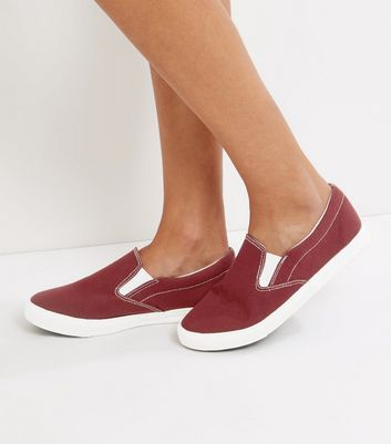 Wide Fit - Slip-ons en toile rouge