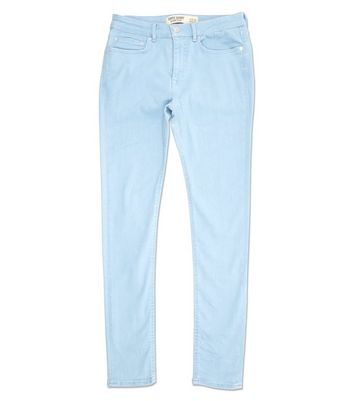 Blassblaue, superenge Skinny-Jeans