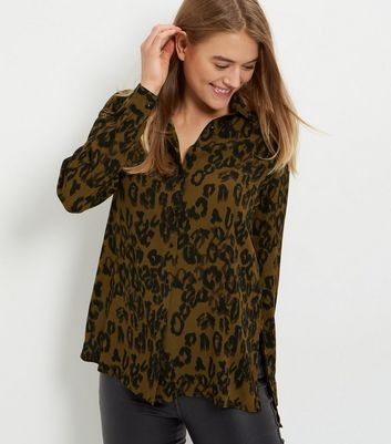 Green Animal Print Long Sleeve Shirt