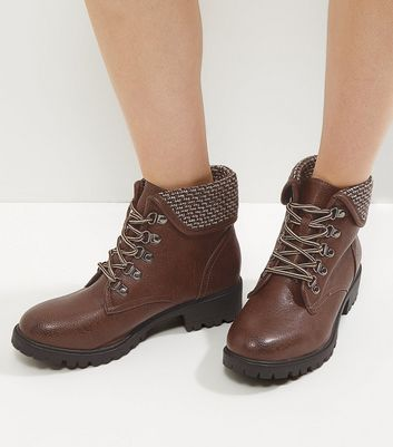 Brown Knitted Cuff Lace Up Boots