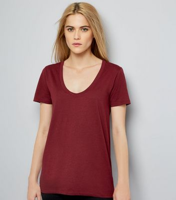 Burgundy Scoop Neck Short Sleeve T-Shirt