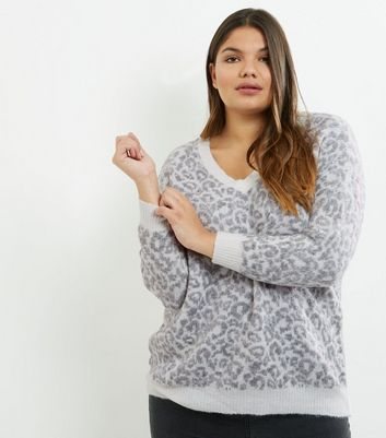 Curves Grey Animal Print V Neck Jumper
