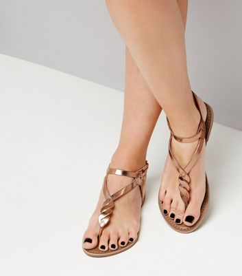 Rose Gold Leather Metallic Twist Toe Post Sandals