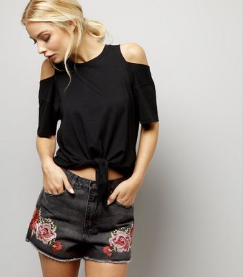 Black Rose Embroidered Mom Shorts