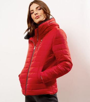 Red Fitted Padded Puffer Jacket