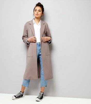 Long manteau lilas doux