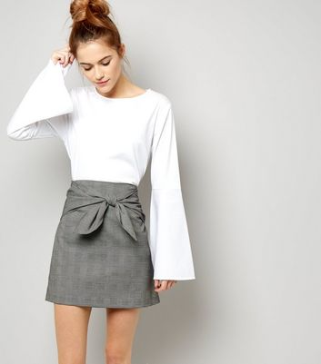 Black Bow Front Check Skirt