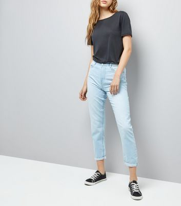 Light Blue Roll Hem Mom Jeans