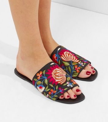 Black Floral Embroidered Mules