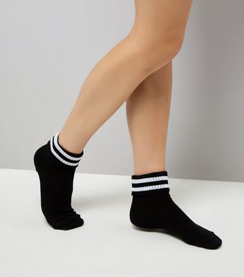 Black Contrast Stripe Sports Socks
