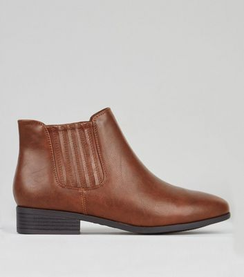 Wide Fit Brown Chelsea Boots