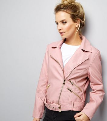 Petite – Rosa Bikerjacke in Leder-Optik