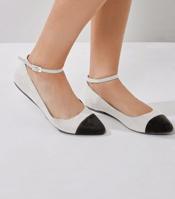 Wide Fit Grey Ankle Strap Contrast Toe Sandals