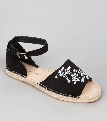 Teens Black Suedette Floral Embroidered Espadrilles