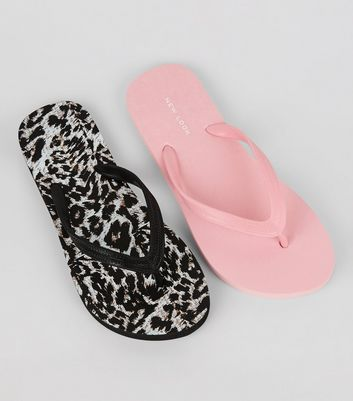 2 Pack Pink and Leopard Print Flip Flops