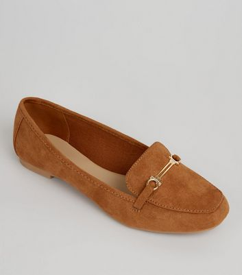 Teens Tan Suedette Metal Bar Loafers