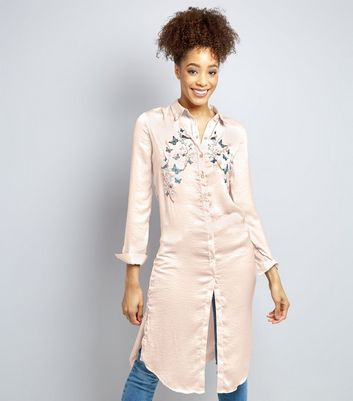 Blue Vanilla Shell Pink Floral Embroidered Longline Shirt