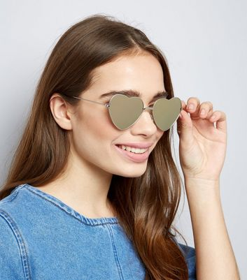 Silver Mirror Heart Lens Sunglasses