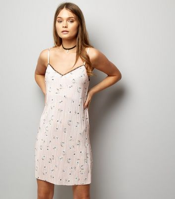 Pink Floral Print Pleated Lace Trim Slip Dress