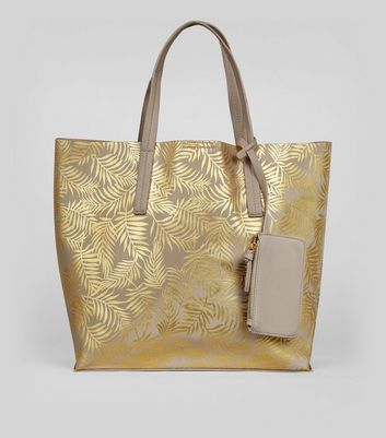 Goldene Shopper-Tasche in Metallic-Optik mit Palmenmuster