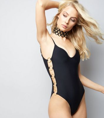 Pool To Part Black Ring Side Swimsuit