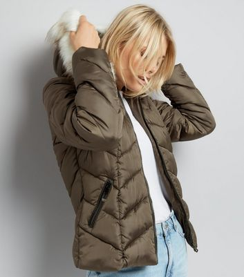 Khaki Faux Fur Trim Hooded Chevron Puffer Jacket
