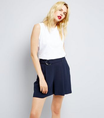 Navy D Ring Belt Pleated Shorts