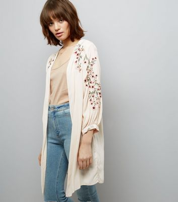 Cream Floral Embroidered Sleeve Kimono
