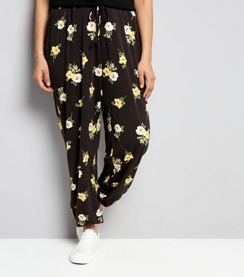 Curves Black Floral Jersey Joggers