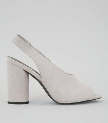 ee4d8593148 chaussure nike talon aiguille gris