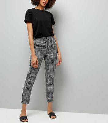 Black Tile Print Tapered Tie Waist Trousers