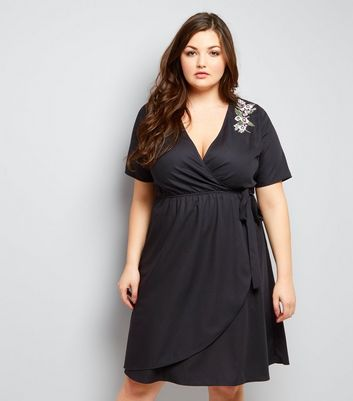 Curves Black Floral Emroidered Shoulder Wrap Front Dress