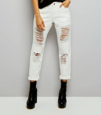 Urban Bliss White Ripped Boyfriend Jeans