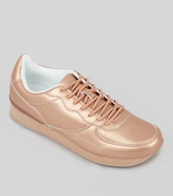 Metallic-Sneaker in Roségold