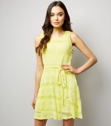 Mela Yellow Lace Tie Waist Dress
