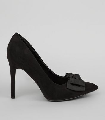 Wide Fit Black Bow Back Pointed Court Heels