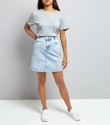 Petite Blue Acid Wash Beaded Denim Mini Skirt