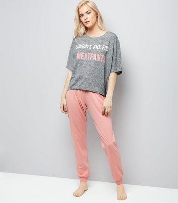 Pink Sunday Slogan Pyjama Set