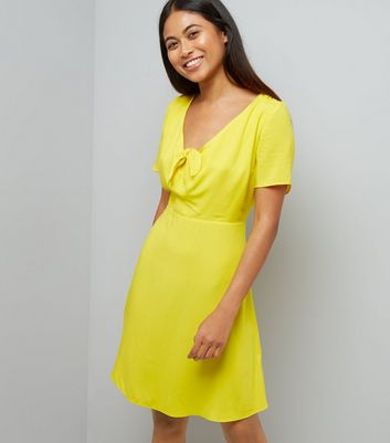 Petite Yellow Knot Front Skater Dress