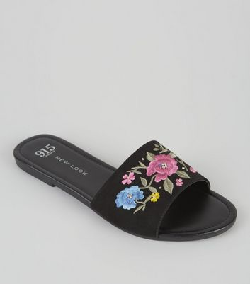 Teens Black Floral Embroidered Mules