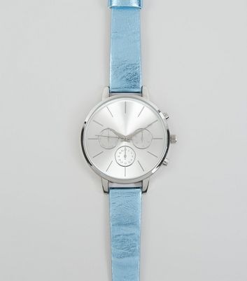 Blue Metallic Strap Watch