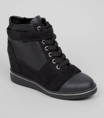 Teens Black Suedette Trim School Wedge Trainers