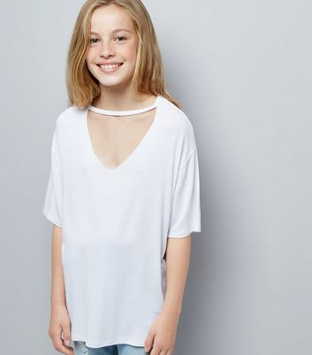 Teens White Choker Neck Oversized T-Shirt