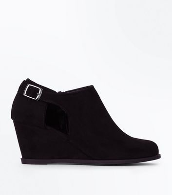 Teens Black Suedette Wedge Heel Boots