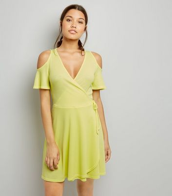 Soft Yellow Cold Shoulder Wrap Front Dress