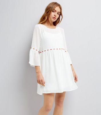 Robe brodee blanche femme