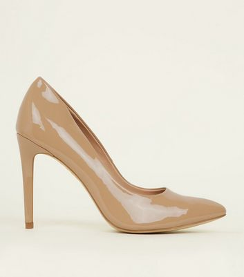 Camel Patent Pointed Court Shoes