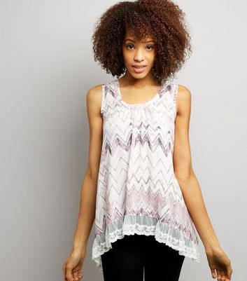 Blue Vanilla Pink Zig Zag Lace Trim Top