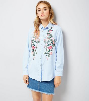 Cameo Rose Blue Stripe Floral Embroidered Shirt